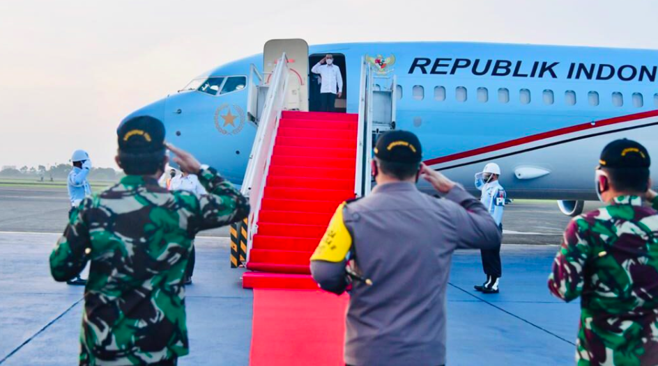 Presiden Jokowi terbang ke NTT