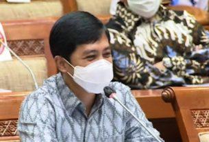 Wakil Menteri Kesehatan Dante Saksono Harbuwono saat menyampaikan pemaparan dalam agenda Rapat Kerja (Raker) bersama Komisi IX DPR RI di Jakarta, Kamis (27/5/2021)