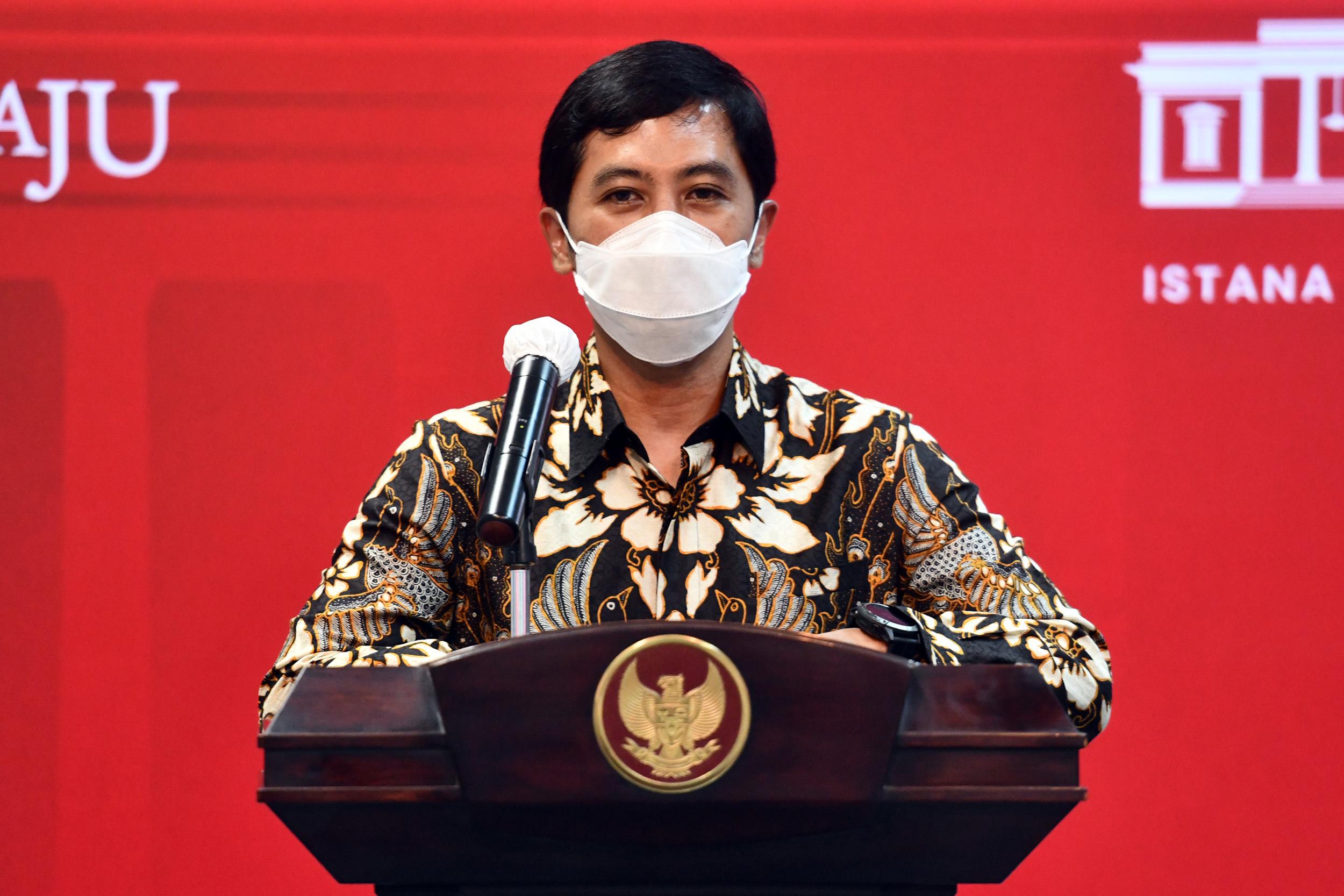 Wamenkes Dante Saksono Harbuwono memberikan keterangan pers usai mengikuti Rapat Terbatas mengenai Penanganan Pandemi COVID-19 yang dipimpin oleh Presiden RI Joko Widodo (Jokowi), Senin (24/05/2021), di Jakarta.